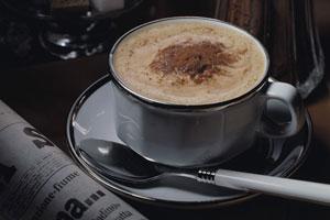 Rozpustná káva se vyrábí z kávových zrn